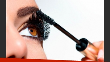 ¿Cómo usar la máscara de pestañas en el maquillaje?