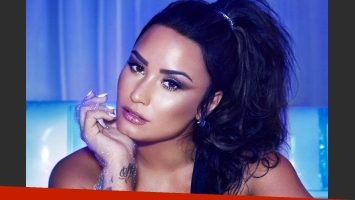 Demi Lovato encanta a sus fanáticos con sus sensuales fotos hot