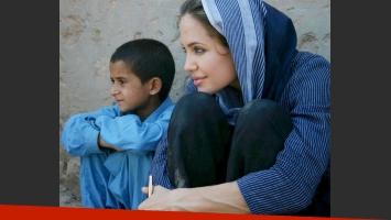 La adolescencia de Angelina Jolie: era fanática de Star Trek y tenía una serpiente como mascota