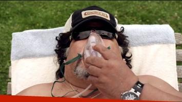 Roly Serrano, en la piel de Diego Maradona. (Foto: Captura)