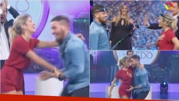 Fede Bal y Laurita Fernández jugaron en Como anillo al dedo. Foto: Captura