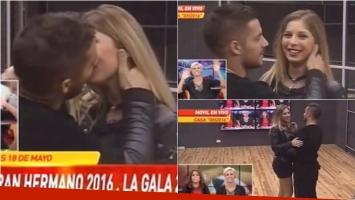 El beso de Francisco Delgado y Romina Malaspina en la casa de GH 2016. Foto: Captura