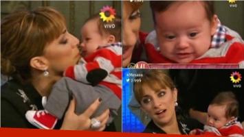 María Julia Oliván presentó a su bebé en Almorzando con Mirtha Legrand. Foto: Captura