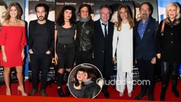 Famosos, parejas y muchos looks en el estreno del nuevo filme de De la Serna y Martínez.