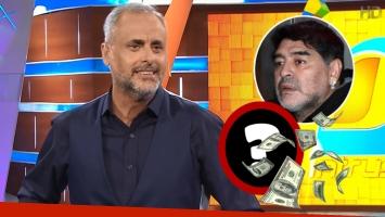 Jorge Rial mostró en Intrusos el lujoso regalo que le envió Diego Maradona (Foto: Web)