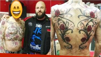 El famoso que se hizo un enorme tatuaje de rosas sin espinas. Fotos: Mandinga Tattoo