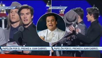 Tremendo error en la entrega de los Grammy Latinos.