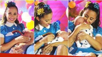 Lourdes Sánchez presentó a su hijo Valentín en su programa El Universo de Lourdes (Fotos: Prensa Ideas del Sur)