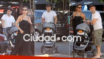 Las fotos del relajado paseo de Lourdes Sánchez y el Chato Prada con su hijo (Foto: Movilpress)
