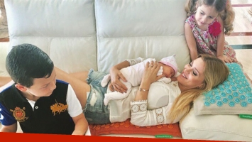Evangelina Anderson, junto a sus tres hijos (Foto: Instagram)