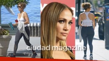 Jennifer Lopez: look deportivo súper relajado, en calzas y sin maquillaje. (Foto: Grosby Group)