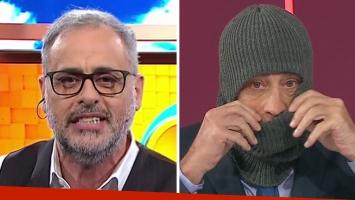 Jorge Rial bromeó a Nicolás Repetto por ponerse un pasamontañas en vivo. Foto: TV