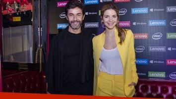 Marcela Kloosterboer y Mariano Martínez, juntos en un evento porteño