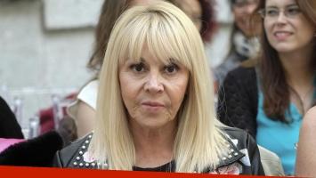 Motochorros asaltaron a Claudia Villafañe a la salida de un banco de Devoto