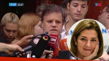 Enrique Sacco habló en el velatorio de Débora Pérez Volpin: El cielo se equivocó