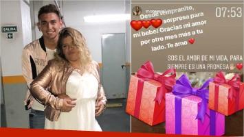 El regalo personalizado de Morena Rial a su novio para festejar un mes más de amor (Fotos: Instagram y Captura de Instagram Stories)