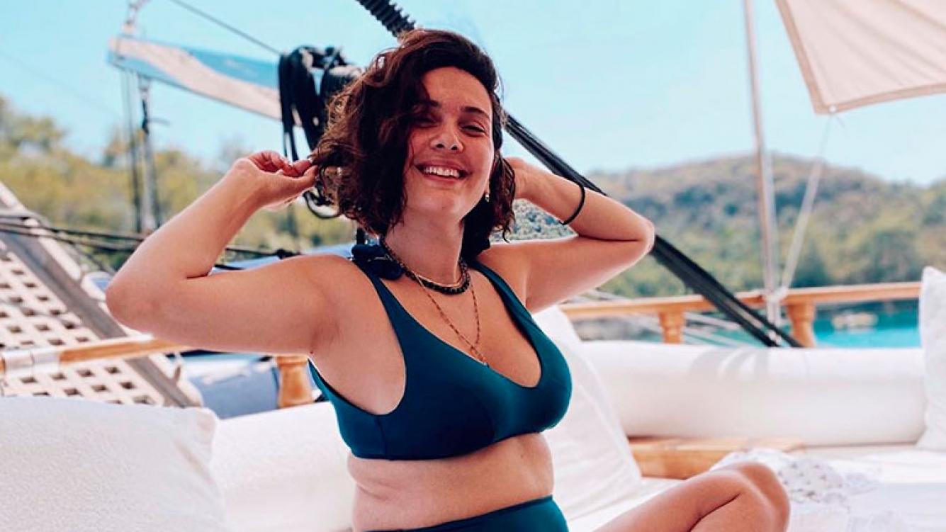 """La reacción de Sherezade tras las críticas a su cuerpo luego de dar a luz: """"Que tengas un buen verano"""""""