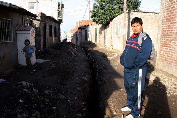 """La nueva vida de """"Coto"""" de Masterchef: bajó 40 kilos, actúa con Julio Chávez y es chef profesional"""