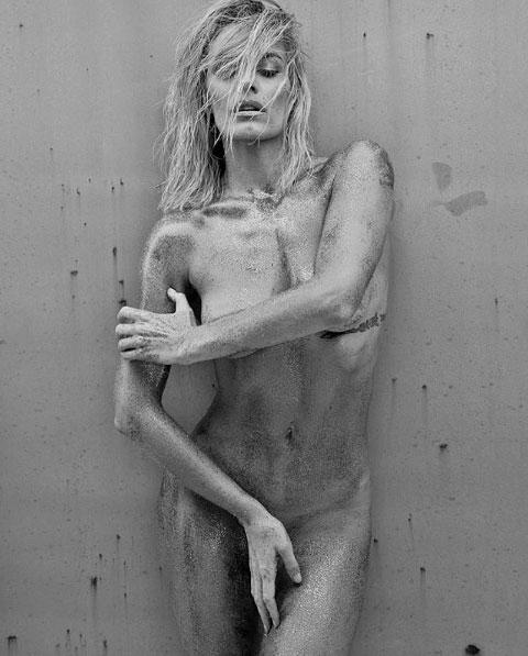El desnudo artístico de Emilia Attias… ¡y los halagos de la China Suárez y Mery del Cerro!