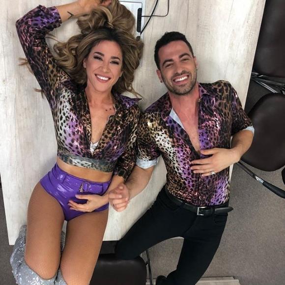 Jimena Barón y Mauro Caiazza, a los besos en una oficina de ShowMatch: ¡mirá las fotos!