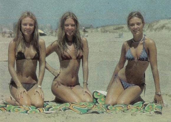 Las Trillizas de Oro, en la playa, en los setenta. (Foto: Web)