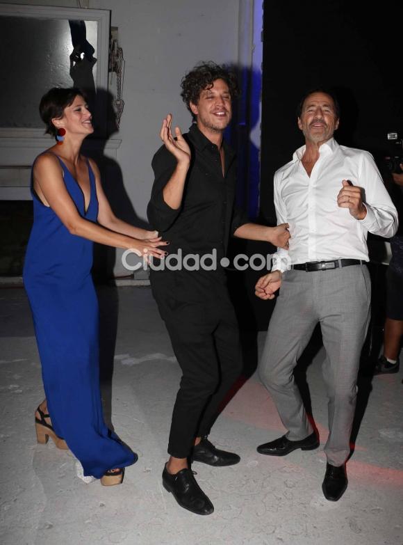 Ludovico Di Santo, Mónica Antonópulos y Martín Seefeld el festejo de La Leona. (Foto: Movilpress-Ciudad.com)