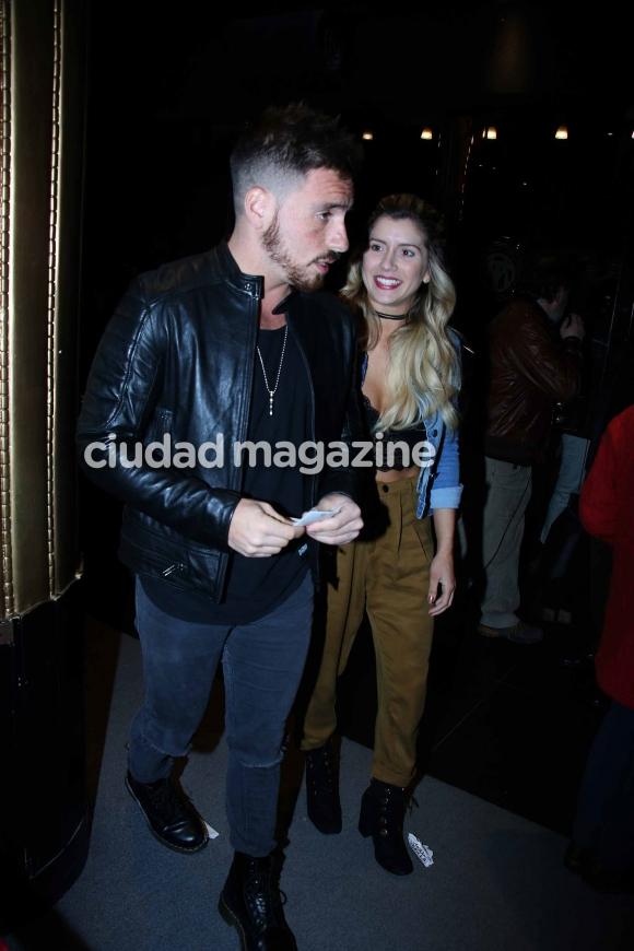 Fede Bal y Laurita Fernández, enamorados en el teatro (Fotos: Movilpress).