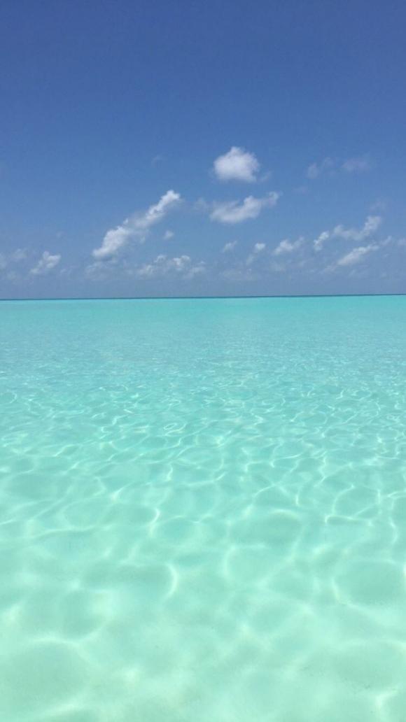 Yanina Screpante y el Pocho Lavezzi, enamorados en Islas Maldivas (Fotos: Instagram).
