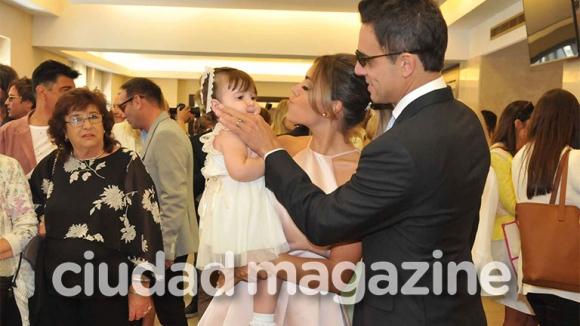 Las fotos del casamiento por Civil de Floppy Tesouro y Rodrigo Fernández Prieto. Foto: Movilpress.
