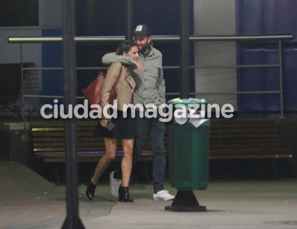 Las fotos que confirman el romance entre Pampita y Polito Pieres (Movilpress)