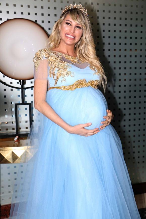 El baby shower de Salvador Uriel, el primer hijo de Vicky Xipolitakis. (Fotos: Movilpress)
