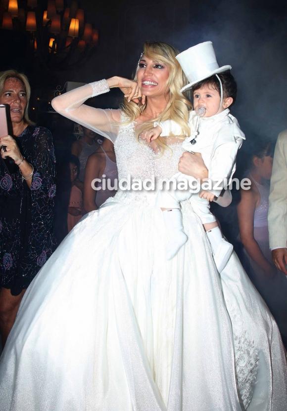 Vicky Xipolitakis en el cumpleaños de Salvador Uriel. (Foto: Movilpress)