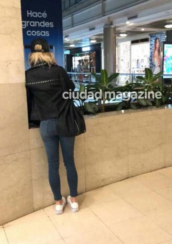 Fotos de laurita en un shopping llorando desconsoladamente for Ciudad com ar espectaculos