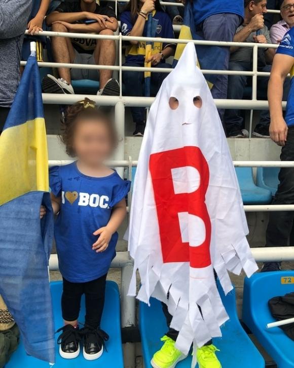 La polémica foto que publicó la mujer del jugador de Boca Darío Benedetto, tras la final con River