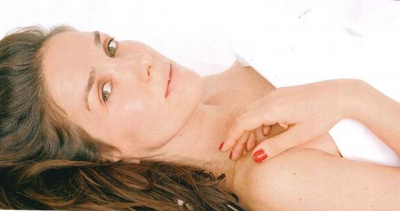Sensual producción de Natalia Oreiro a los 40, sin maquillaje ni Photoshop
