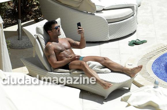 Ricky Martin causa furor con su nuevo look