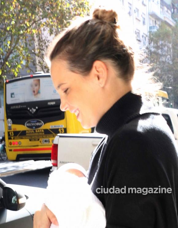 Sabrina garciarena y germ n paoloski junto a su beb for Ciudad com ar espectaculos