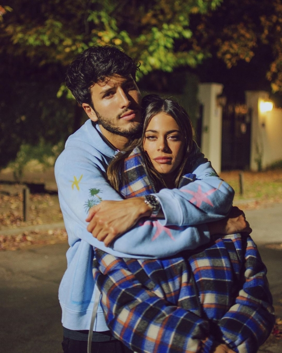"Tini Stoessel y Sebastián Yatra compartieron fotos enamoradísimos, tras confirmar su romance: ""Te amo, te amo, te amo"""
