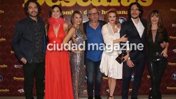 Famosos e invitados especiales en la avant premiere de Desearás... (Foto: Movilpress)