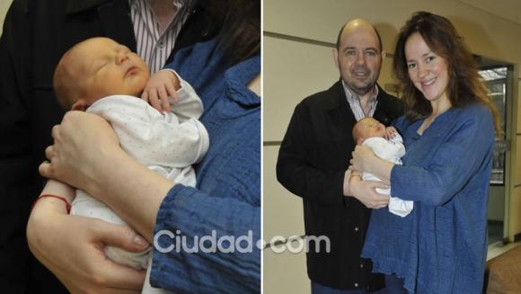 Carlos Rottemberg y su mujer presentaron a Nicolás. (Foto: Movilpress)